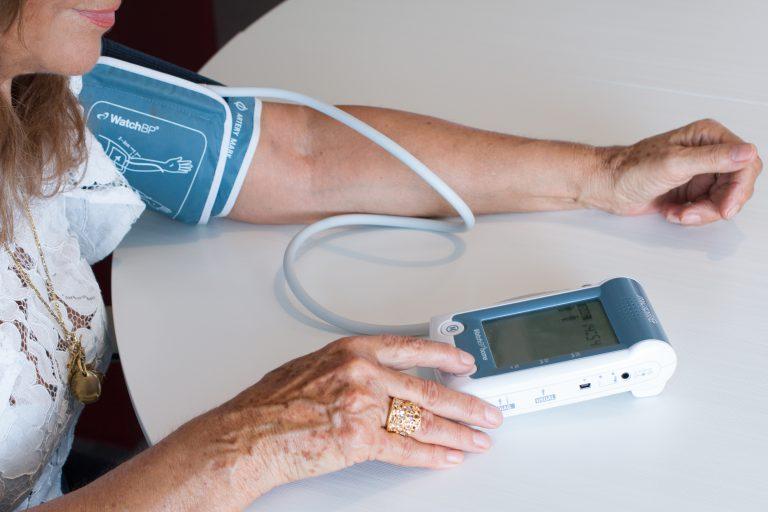 Tholomeus®, l'App di Biotechmed che aiuta il paziente a tenere sotto controllo la propria salute