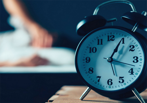 Fattori che incidono sulla qualità del sonno:  apnee notturne, mancanza di magnesio e cattiva alimentazione.