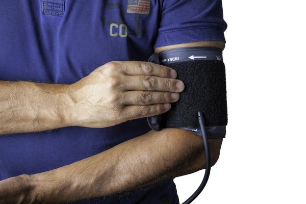 Caldo e pressione bassa: cause, sintomi e rimedi. Il Telemonitoraggio per una corretta prevenzione